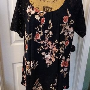 Cato lace sleeve flowered top navy